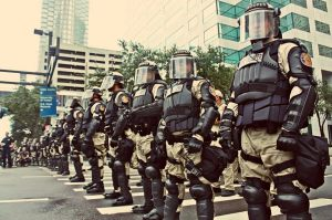 tampa-troops-policestate